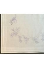 Ritad vit fållad bomullsduk Rönnbär 80x80cm